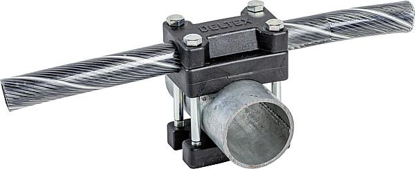 Kreuzklemme für flexibles Nackenseil auf Rohr mit d= 60 mm